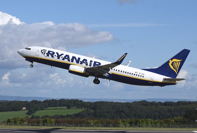 5 great luggage options for the new Ryanair cabin bag size policy 1