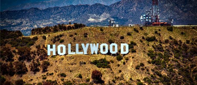 Can you hike to the Hollywood sign